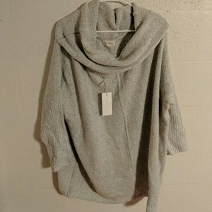 Cowl neck tunic sweater gray